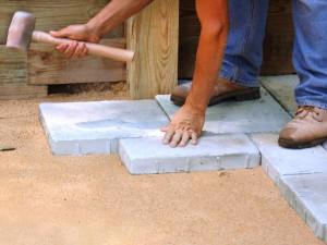Térburkoló kövek szakszerű lerakása